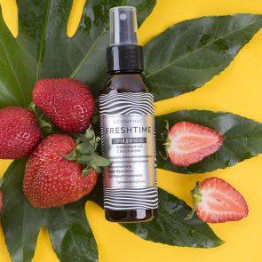 LCosmetics Спрей для волос Термозащитный с витаминами, аромат клубники, 100 мл