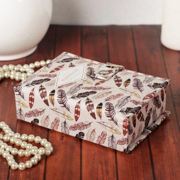 Шкатулка кожзам для украшений пёрышки, 4. 5 х 15. 5 х 10. 5 см