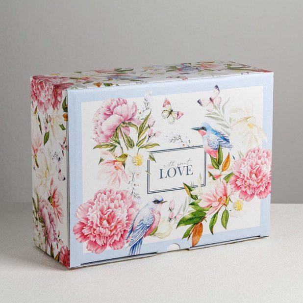 Коробка love, 30 × 23 × 12 см